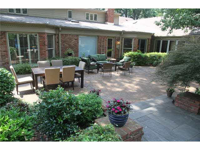 1520 Kirby Parkway, Memphis, TN, 38120 -- Homes For Sale
