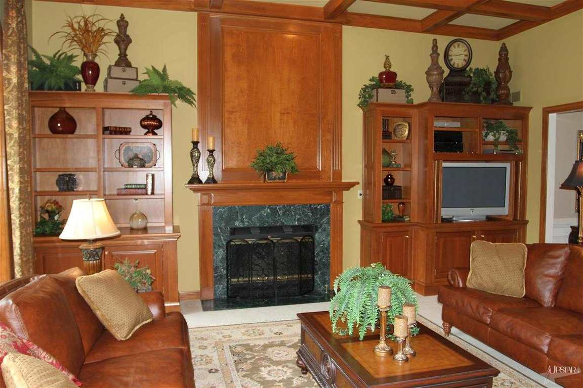 7830 E Manitou Trl, Roanoke, IN, 46783 -- Homes For Sale
