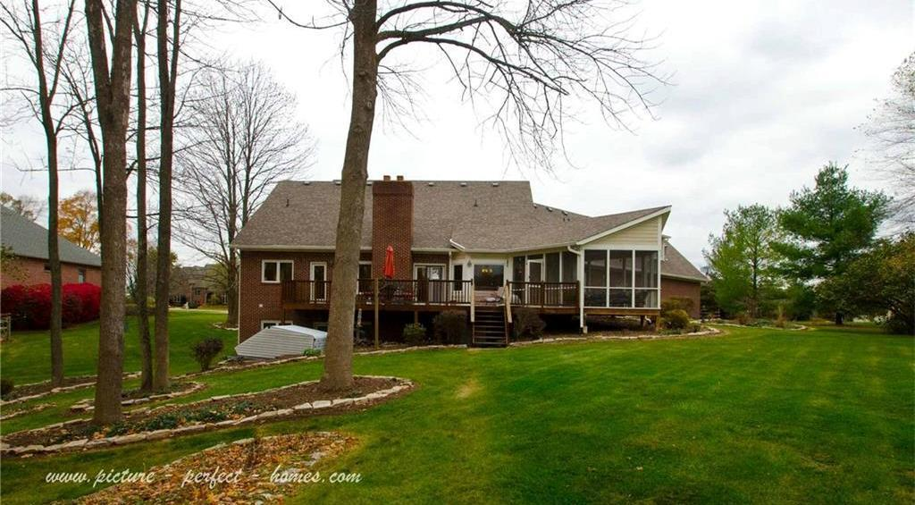 9135 Fawn Lake Drive Indianapolis In 46278 For Sale