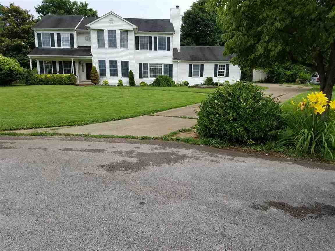 1009 arrow court bowling green ky for sale 227 000 for Home builders bowling green ky