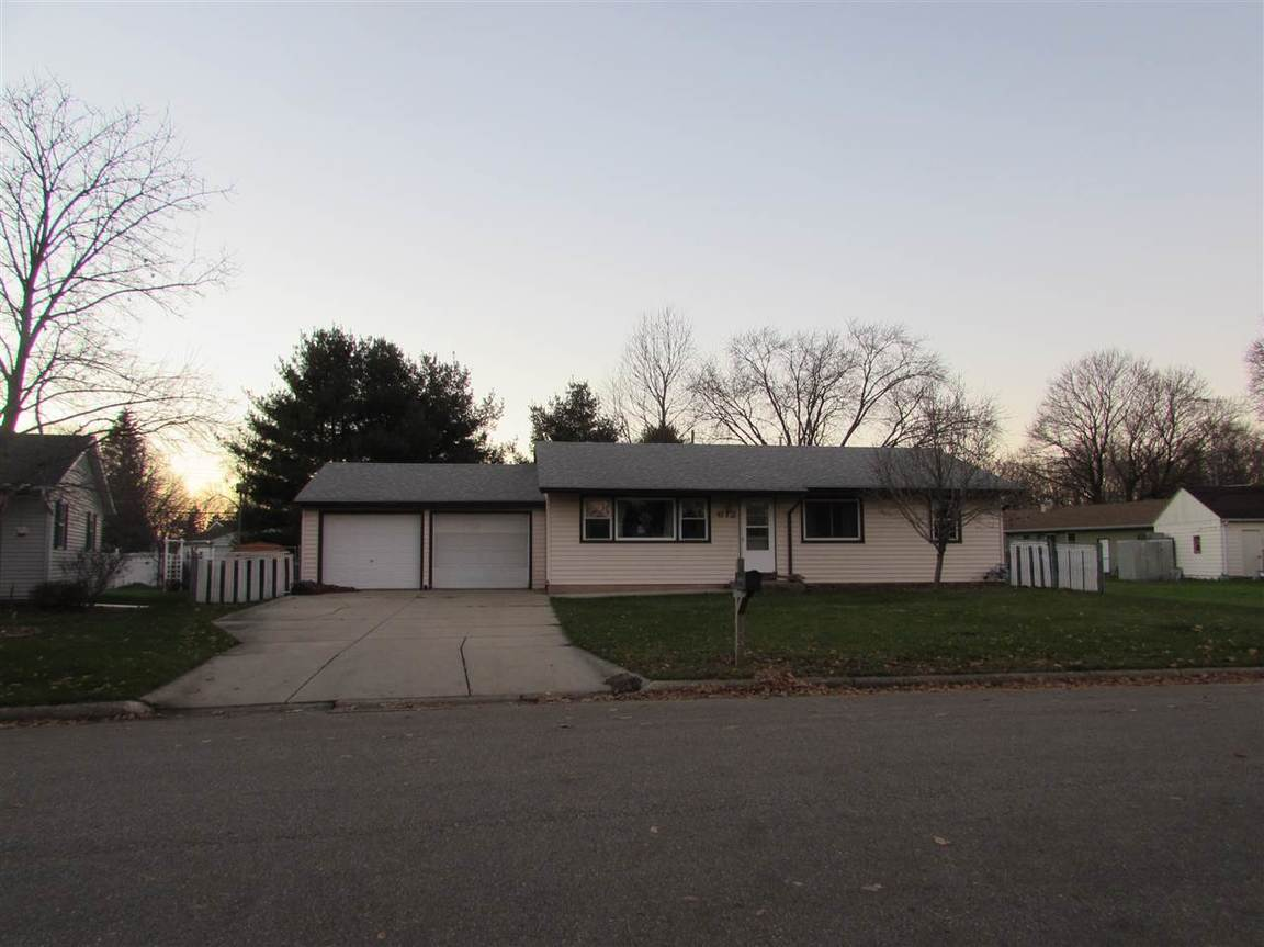 612 chartier st janesville wi 53546 for sale