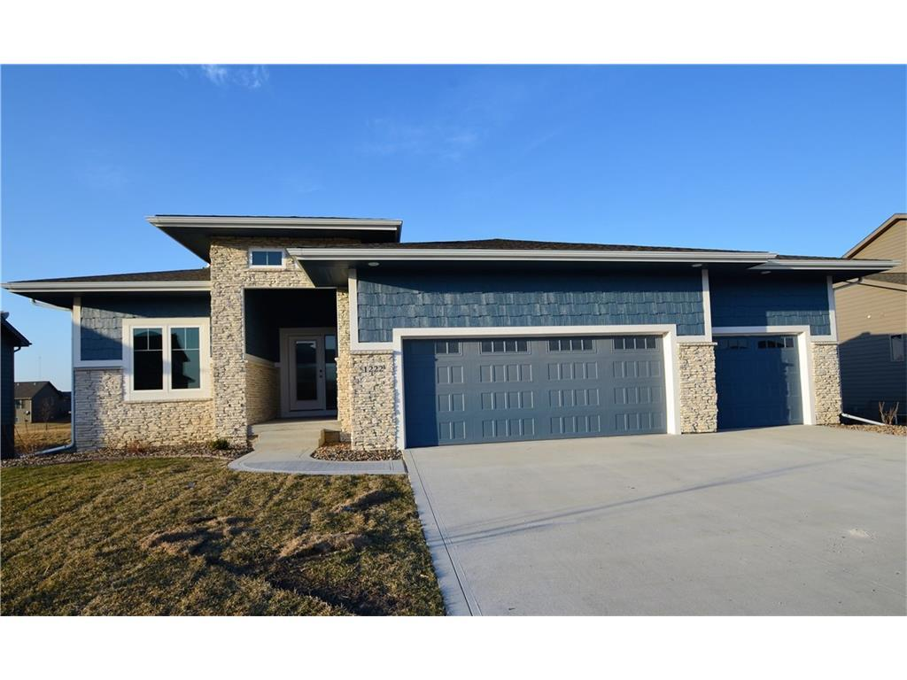 1222 ne 45th street ankeny ia 50021 for sale for Home builders ankeny iowa