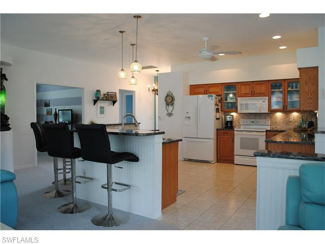 14072 Grosse Point Ln, Fort Myers, FL, 33919: Photo 3