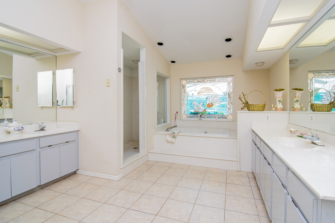 11961 Pasco Trails Blvd, Spring Hill, FL, 34610: Photo 9