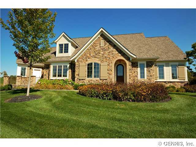 8 Tor Hl, Pittsford, NY, 14534 -- Homes For Sale