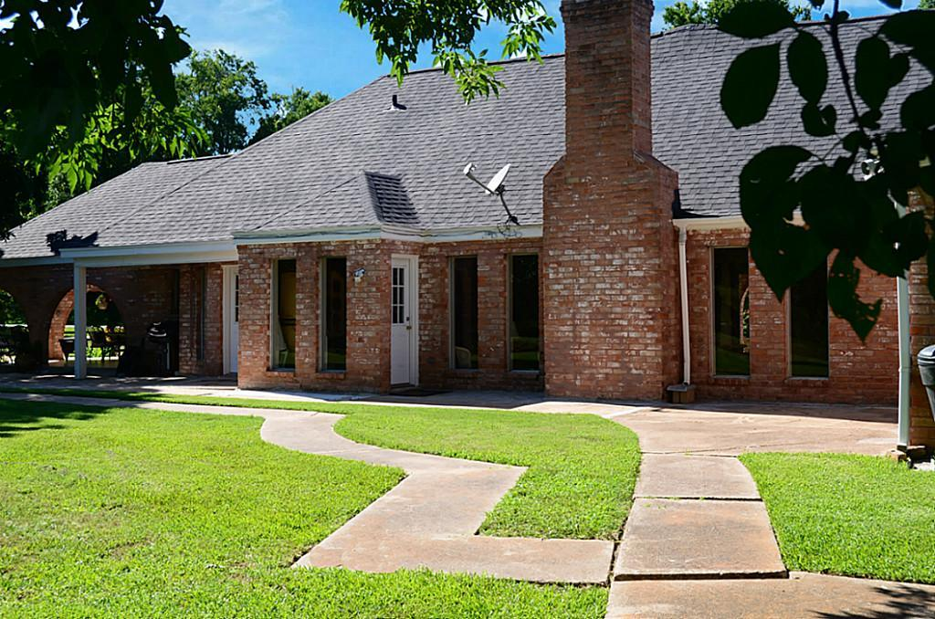 33421 Pecan Hill Dr., Brookshire, TX, 77423 -- Homes For Sale