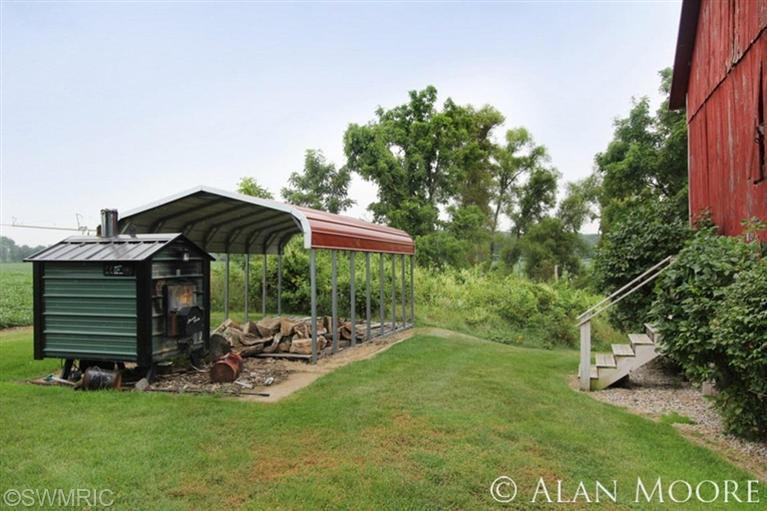 9912 12 Mile Rd Northeast, Rockford, MI, 49341 -- Homes For Sale