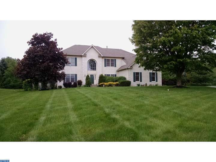 2024 silverwood dr newtown pa for sale 799 900 for Newtown builders