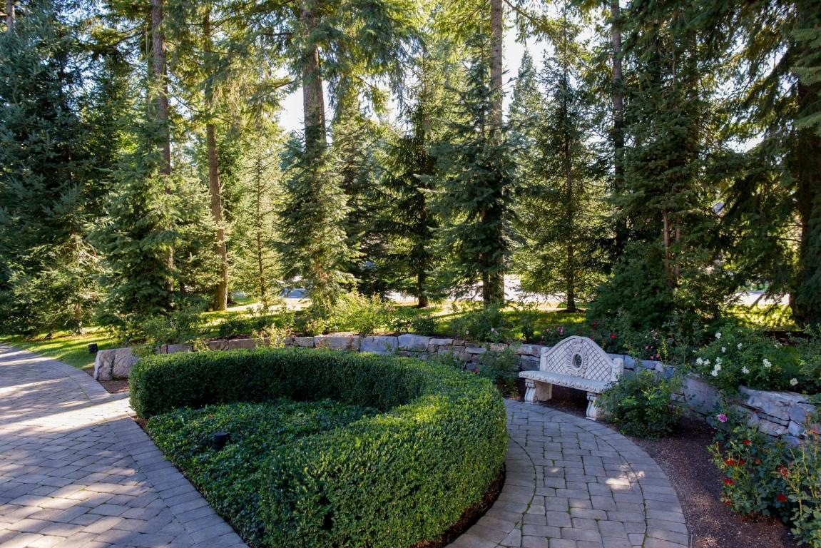 1828 E Chalet Ct, Hayden, ID, 83835 -- Homes For Sale