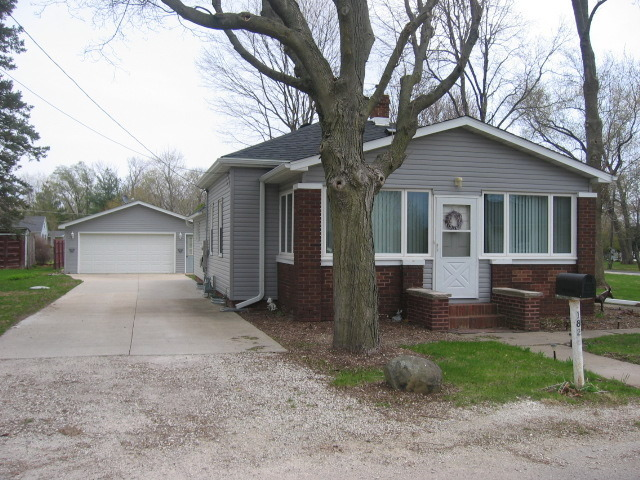 1825 South Harrison Street, Streator, IL, 61364 -- Homes For Sale