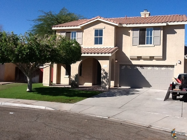 1281 ruby ct calexico ca for sale 379 900