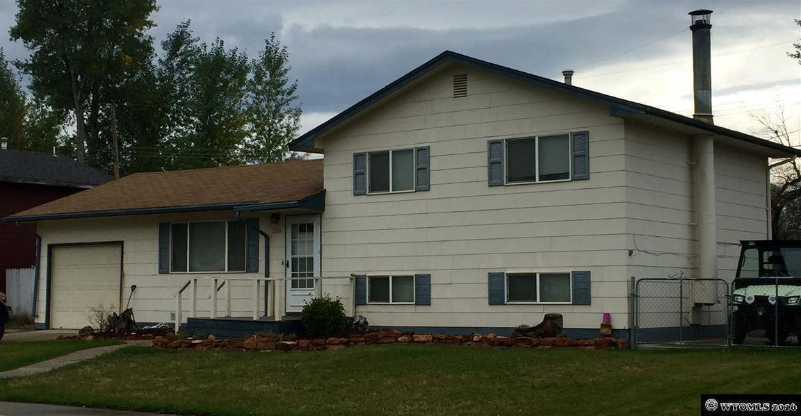 285 smith lander wy for sale 175 000 for Wyoming home insurance