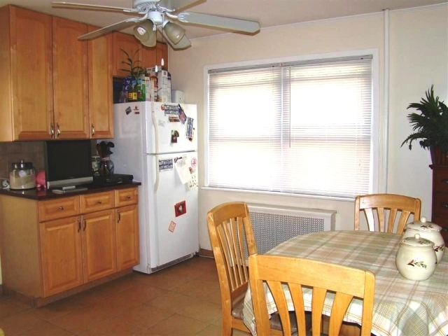 16 Garden Ave., Carle Place, NY, 11514 -- Homes For Sale