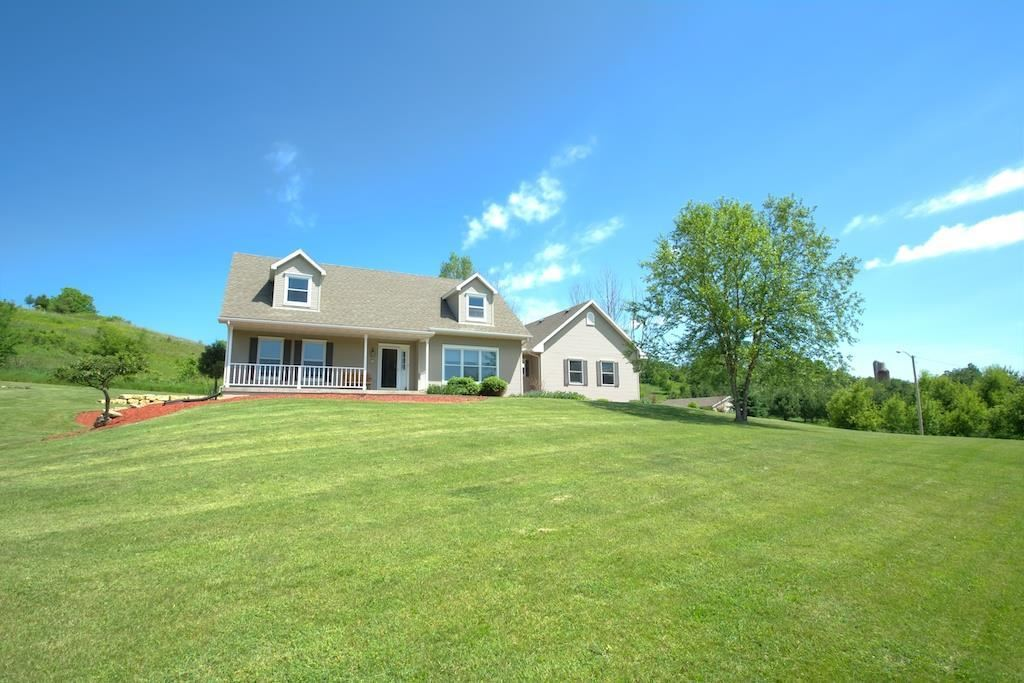 1805 County Road E, Blue Mounds, WI, 53517 -- Homes For Sale