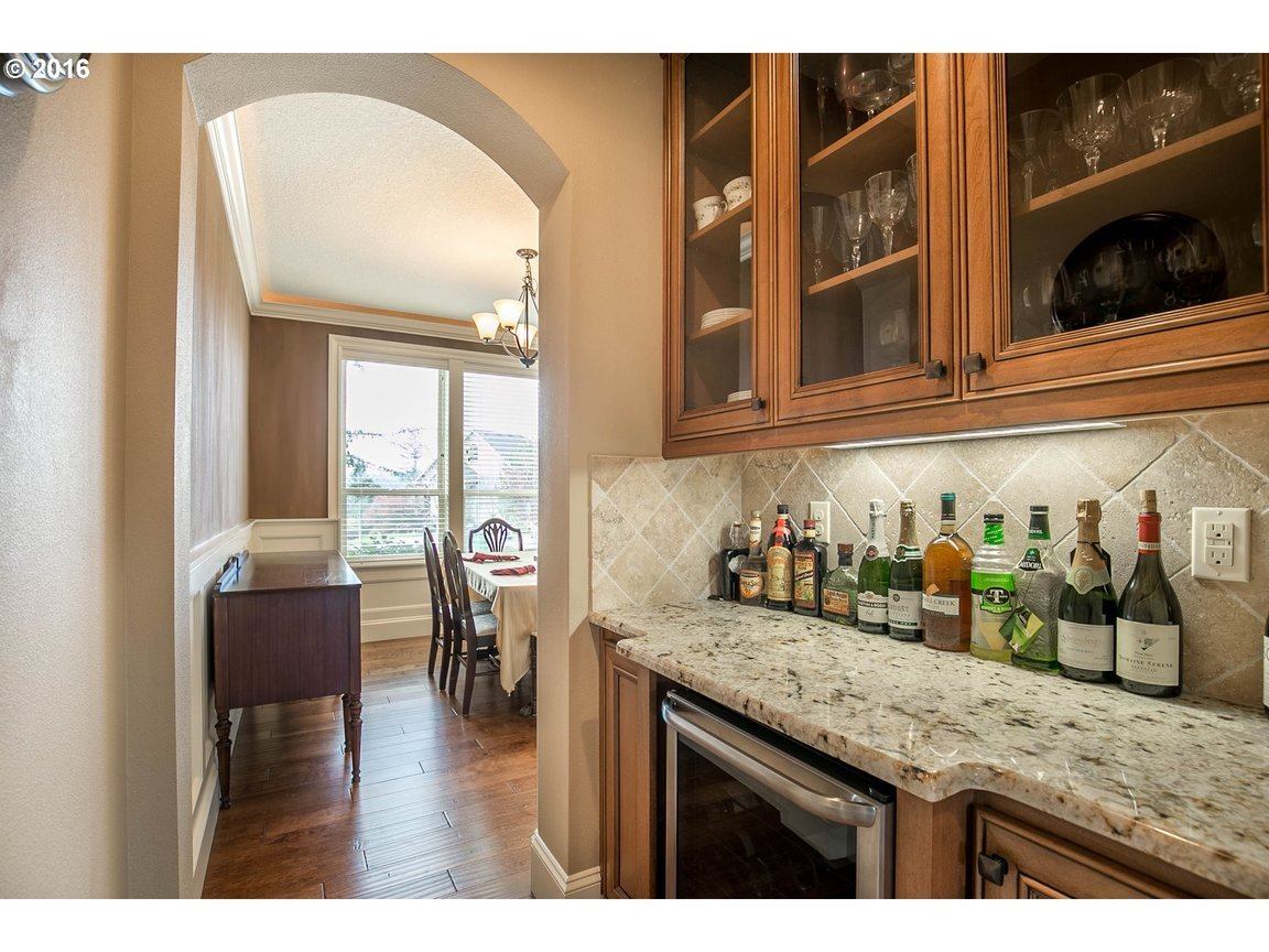 15150 Se Bunker Hill Ct, Happy Valley, OR, 97086: Photo 8