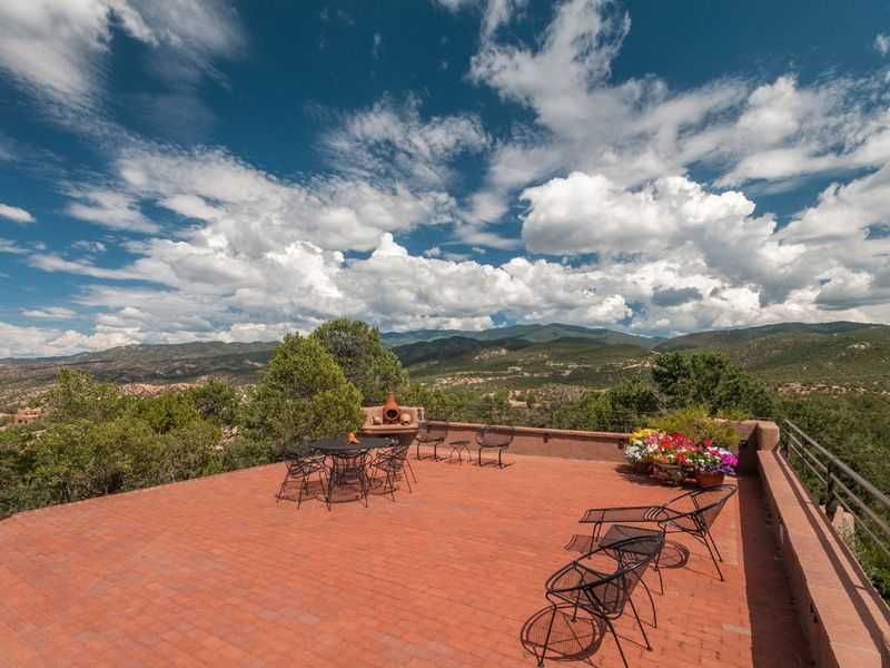 19 Bishops Trl, Santa Fe, NM, 87506 -- Homes For Sale