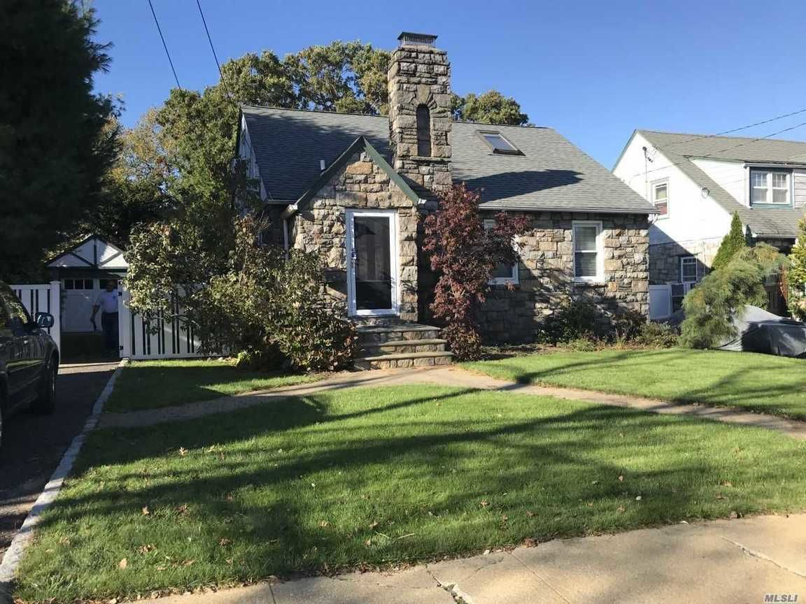 Bellmore Ny Homes For Rent Real Estate By Homes Com