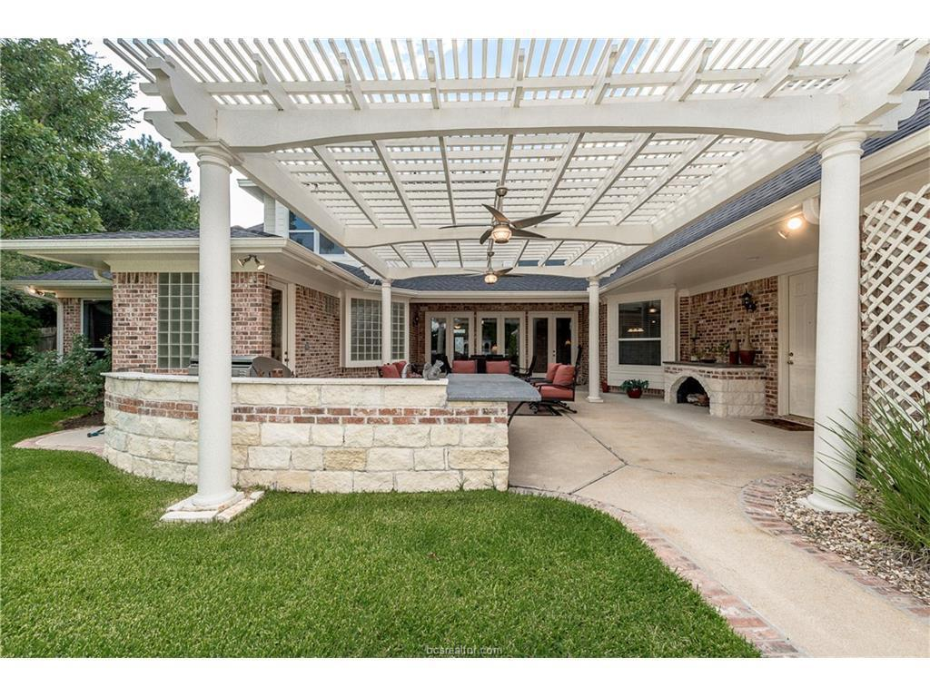 6011 augusta circle college station tx for sale 825 000