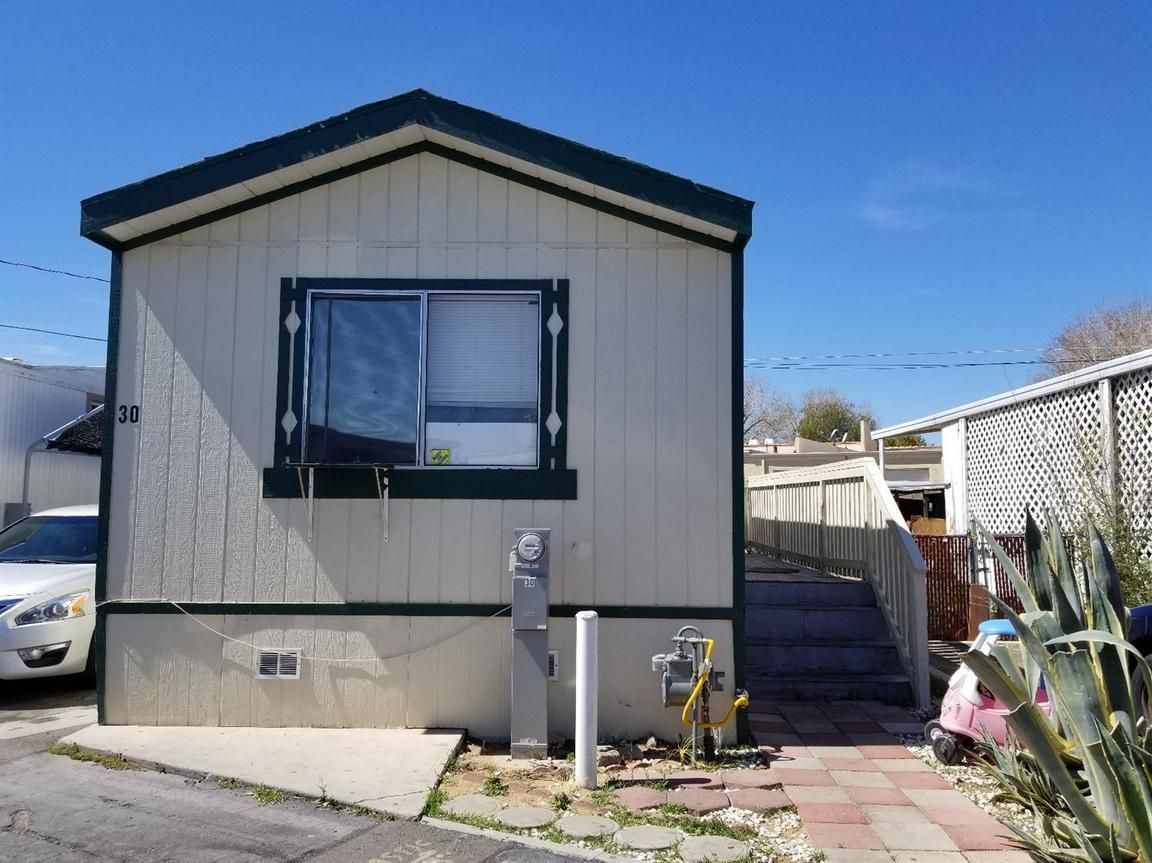 16473 GREEN TREE BOULEVARD UNIT: 30 Victorville CA 92395 id-32470 homes for sale