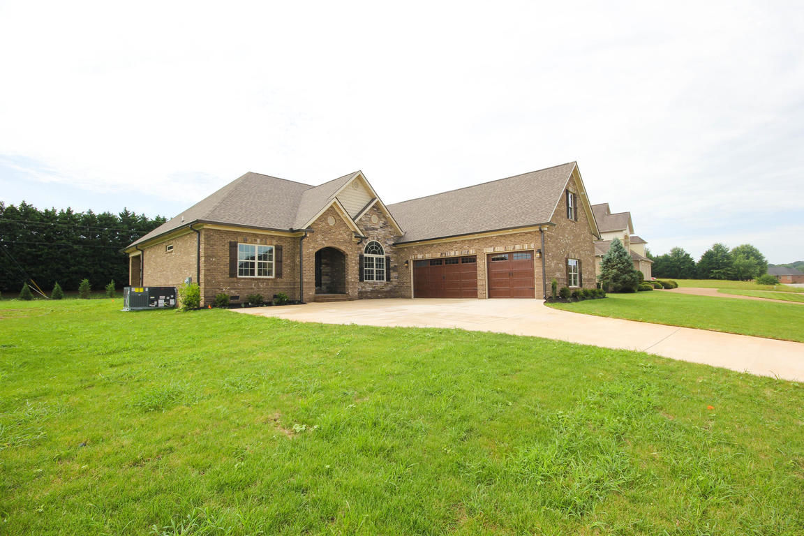 Outstanding Maryville Tn 37803 Homes For Sale Homes Com Download Free Architecture Designs Intelgarnamadebymaigaardcom