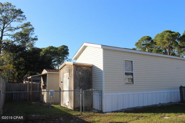 Mobile Homes For Sale in Okaloosa County, FL   Homes.com on nv mobile home parks own land, log cabins with land, new construction with land, mobile homes on land, buildings with land, really nice houses with land,