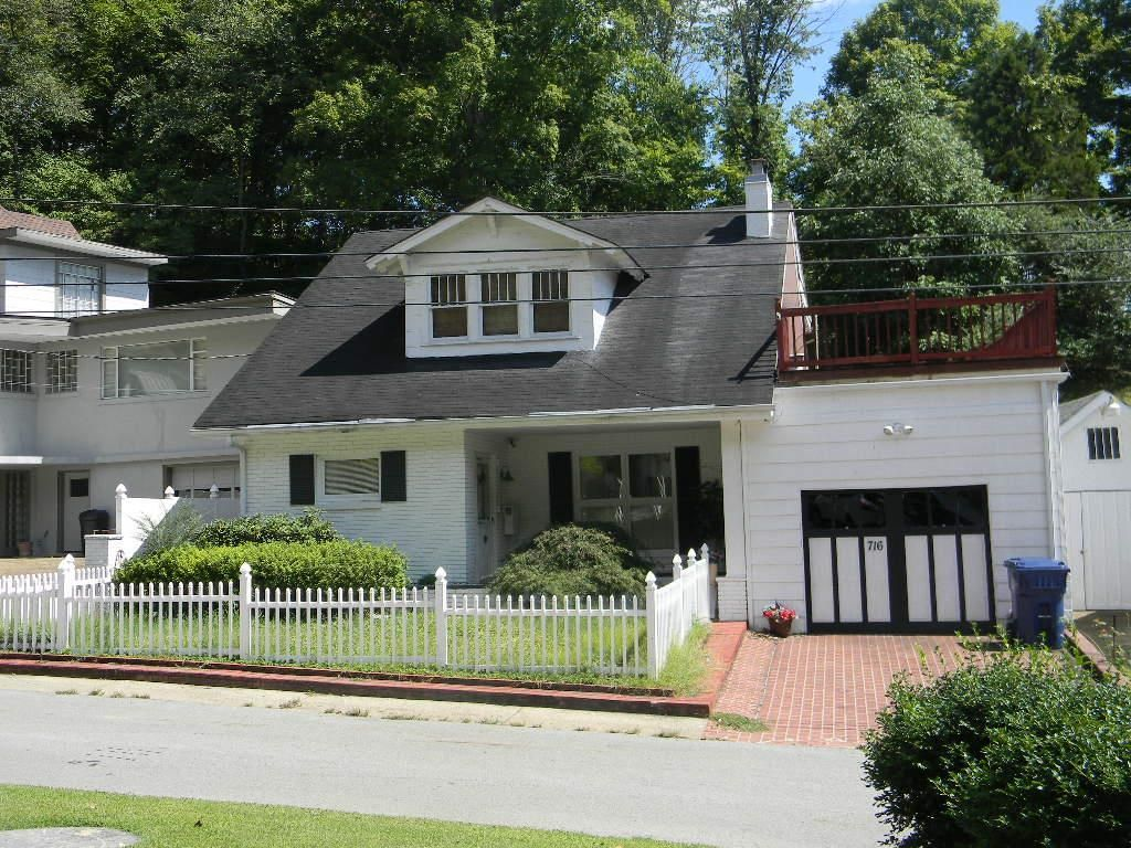 716 COURT STREET Paintsville KY 41240 id-1039838 homes for sale