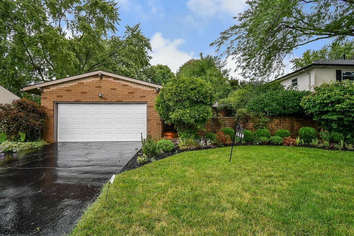 1664 STAFFORDSHIRE ROAD. Columbus OH ... - Search Patio Tagged Columbus Ohio Homes For Sale