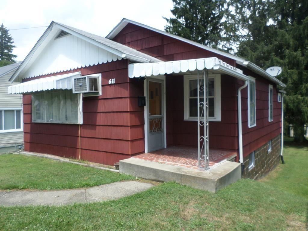 611 TEMPLE STREET Beckley WV 25801 id-871306 homes for sale