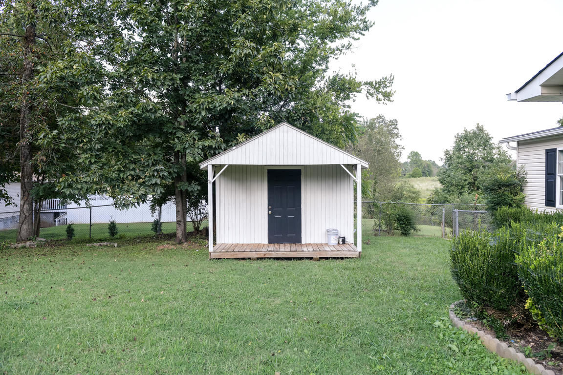 Astounding Maryville Tn Mobile Homes For Sale Real Estate By Homes Com Home Remodeling Inspirations Genioncuboardxyz