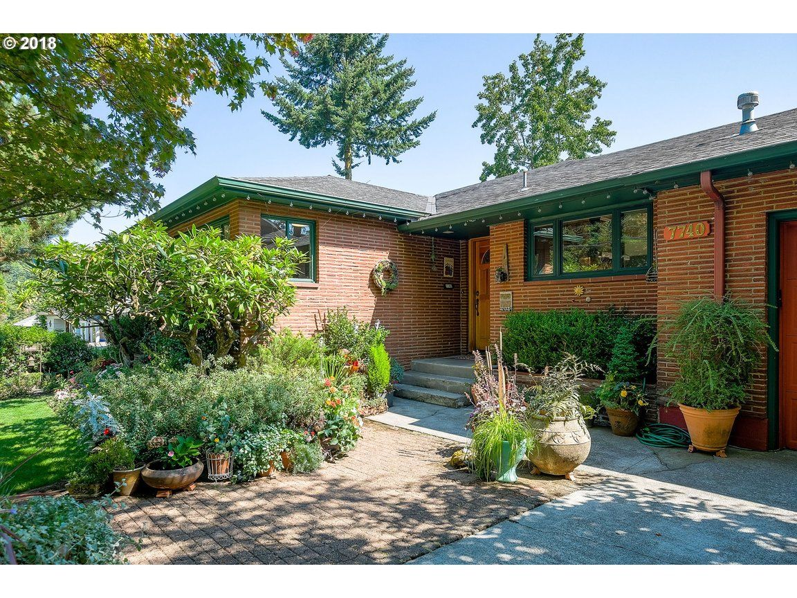 7740 SW 10TH AVE Portland OR 97219 id-1628546 homes for sale