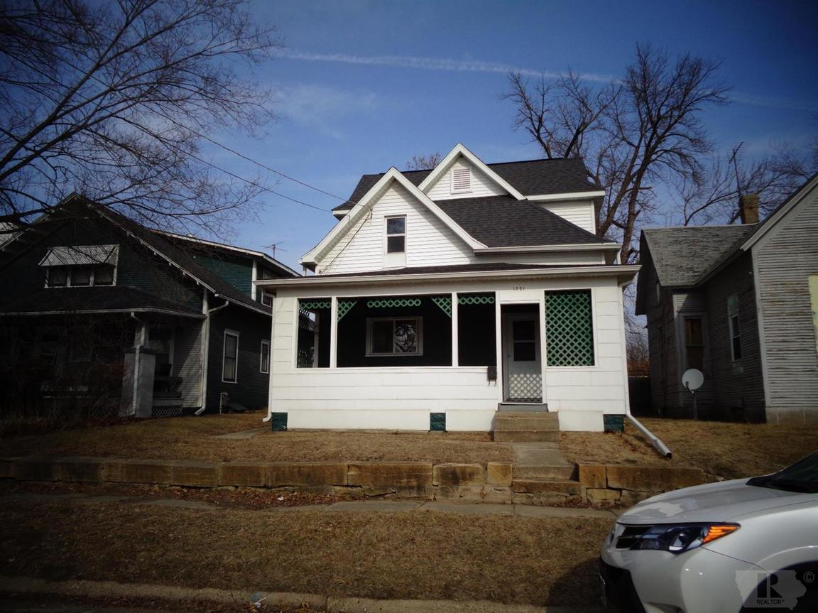 1731 AVENUE L Fort Madison IA 52627 id-78716 homes for sale