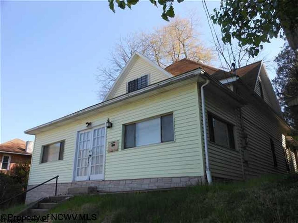 104 HIGHLAND STREET Gassaway WV 26601 id-1372599 homes for sale
