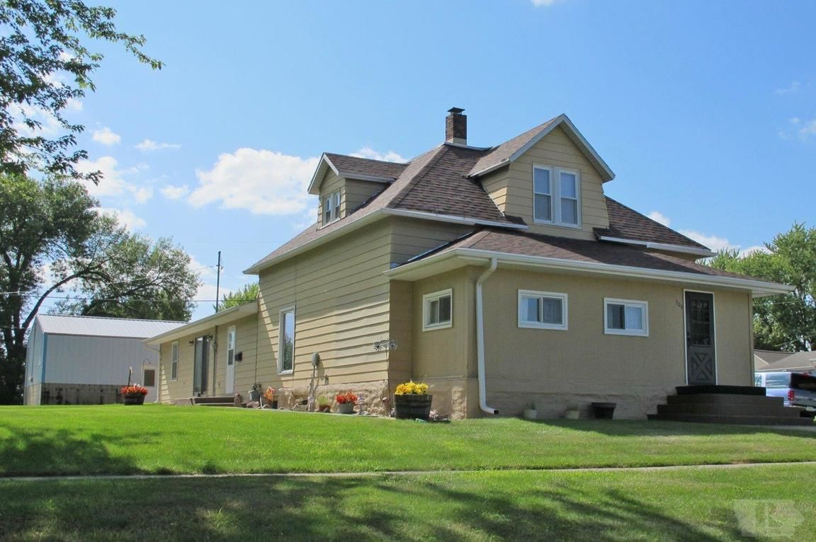 Earling Iowa property after bankruptcy