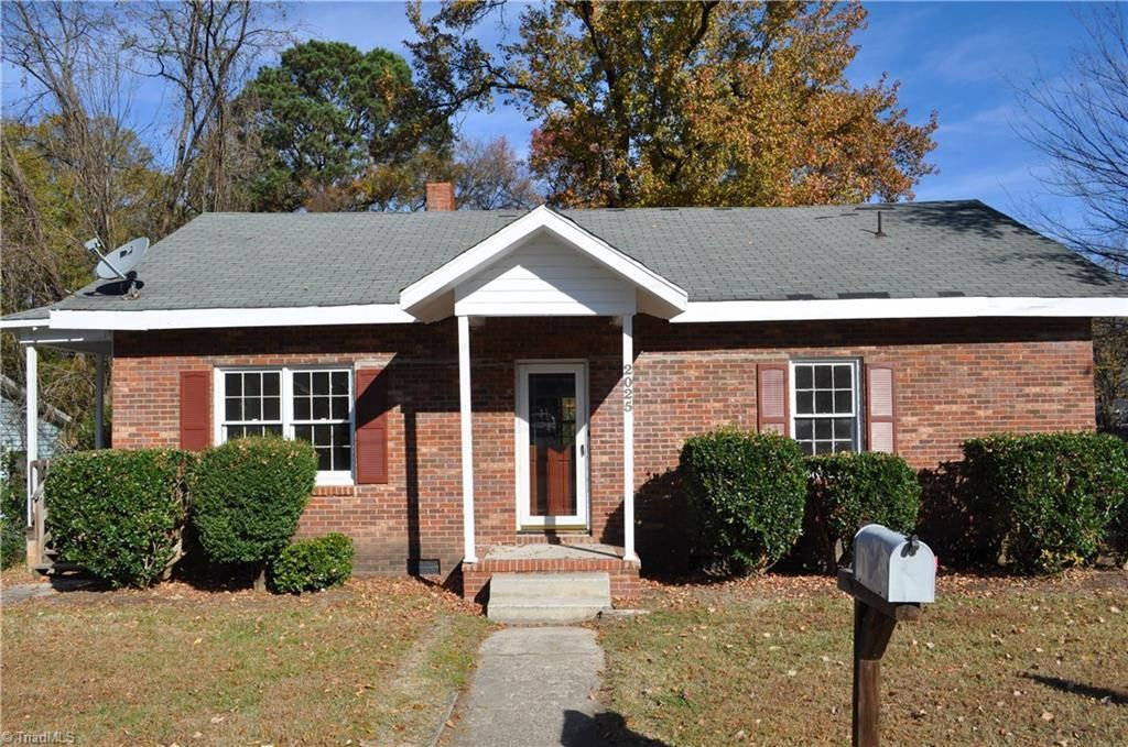Greensboro Nc Homes Real Estate At. 3 Bedroom Houses For Rent In Greensboro Nc   Room Image and