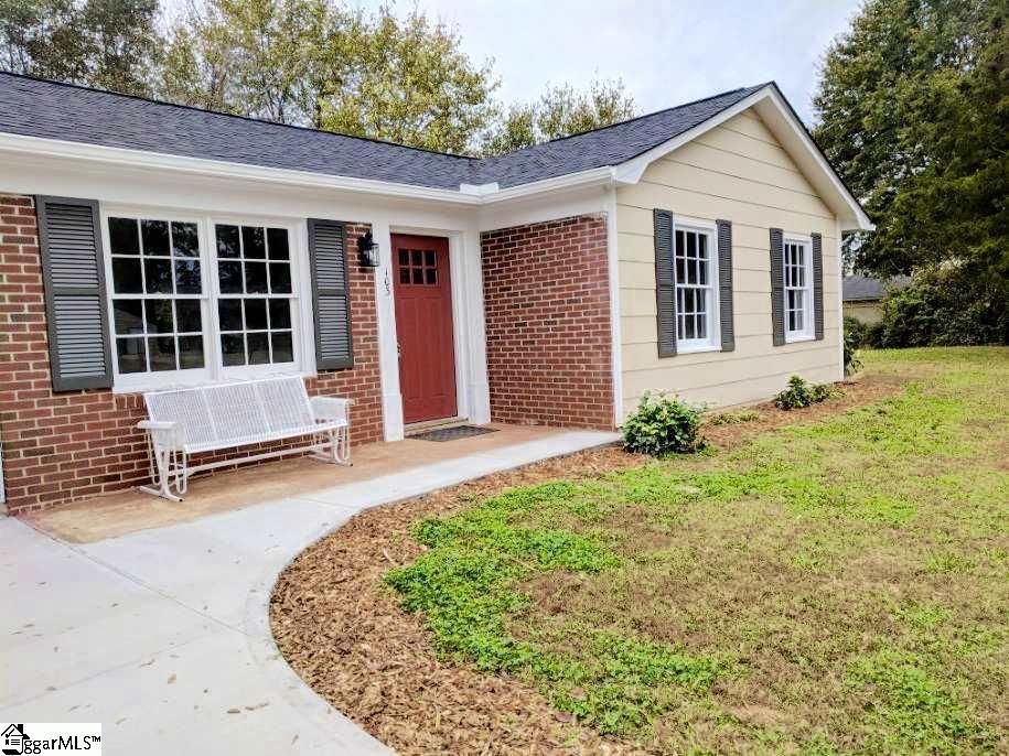 Search brick Tagged Simpsonville South Carolina Homes for Sale on homes for rent in savannah ga, homes for rent in beaufort sc, homes for rent in cleveland tn,