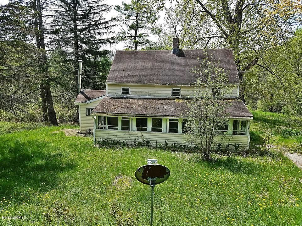 200 GOLDEN HILL RD Lee MA 01238 id-702579 homes for sale