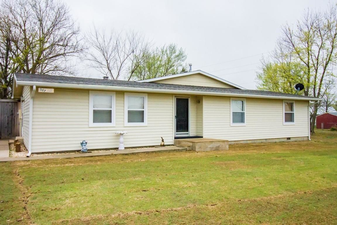 507 NORTH EAST Caney KS 67337 id-652515 homes for sale