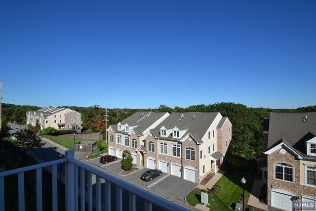 31 FORSHEE CIRCLE 101 Montvale NJ 07645 id-699898 homes for sale
