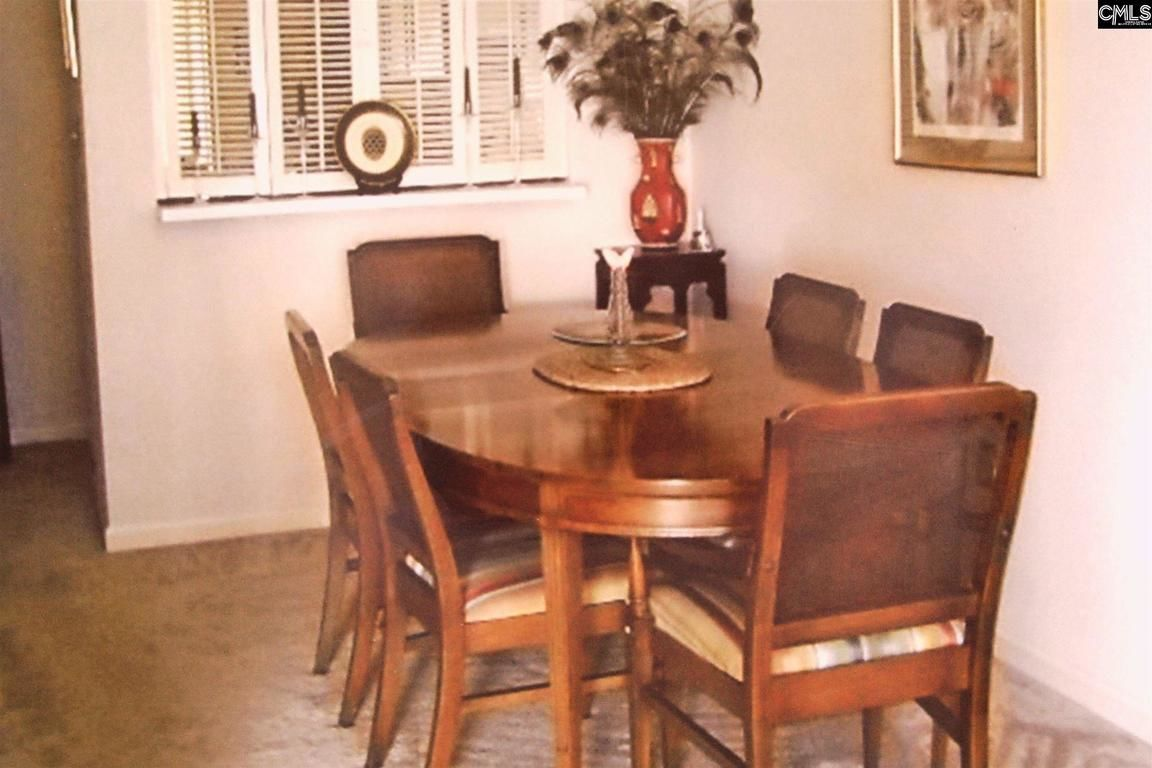 Dining Table 4 Chairs 195 Carlyle Circle Columbia SC