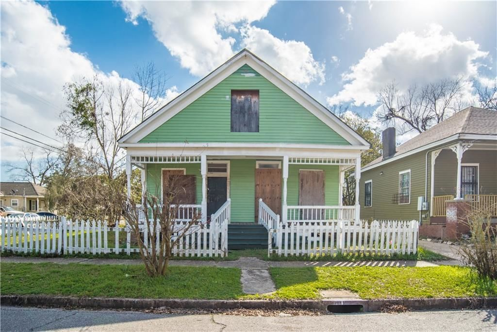 Search historic Tagged Mobile Alabama Homes for Sale on mobile financial, mobile exchange, mobile rentals,