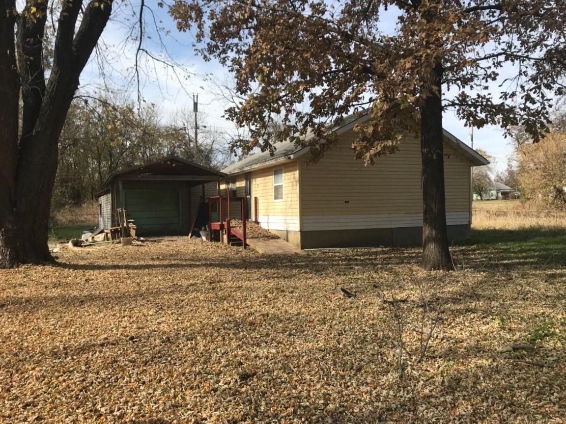 609 SOUTH 15TH Independence KS 67301 id-954672 homes for sale