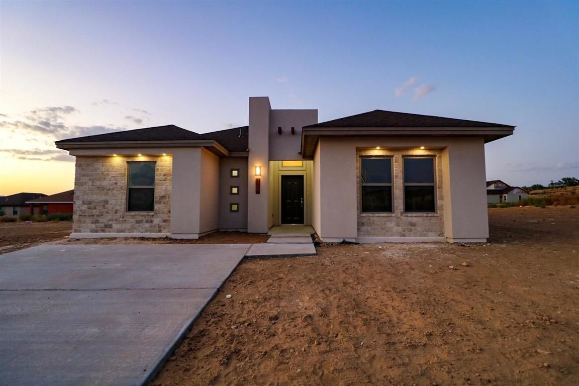 Swell Laredo Tx 78046 Real Estate Listings Homes Com Download Free Architecture Designs Intelgarnamadebymaigaardcom