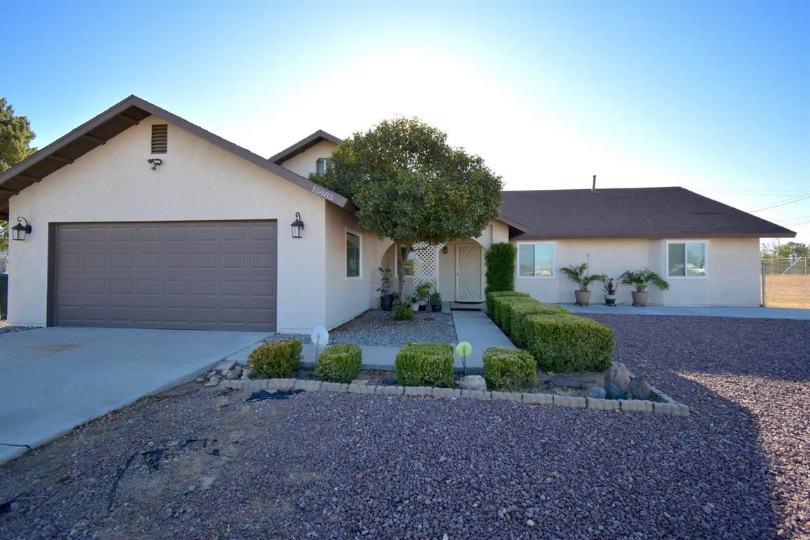 Search Patio Tagged Apple Valley California Homes For Sale