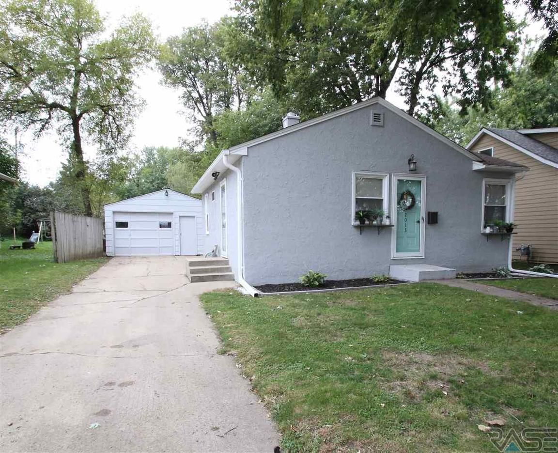 2013 S SPRING AVE Sioux Falls SD 57105 id-2131838 homes for sale