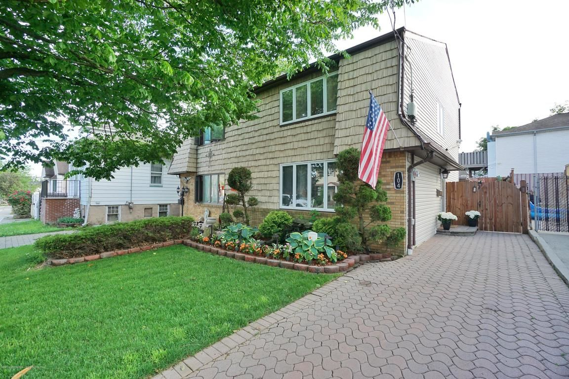 Staten Island, NY Houses For Sale | Homes.com