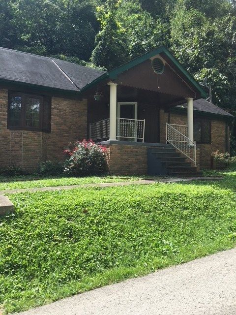 1275 SOOKEYS CREEK Pikeville KY 41051 id-306919 homes for sale