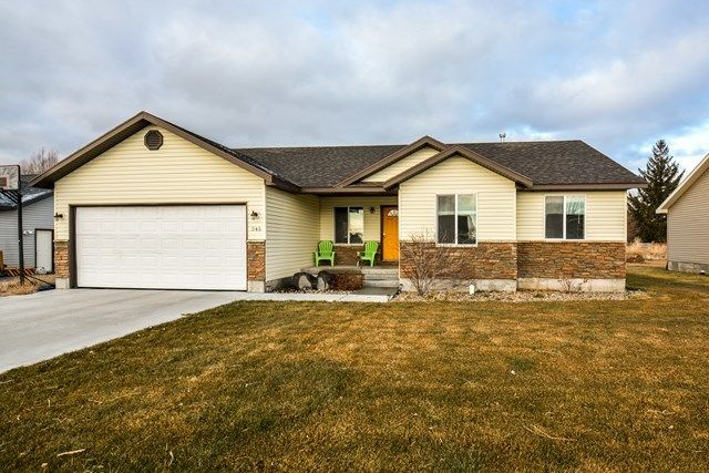 345 WIND RIVER DRIVE Shelley ID 83274 id-274405 homes for sale