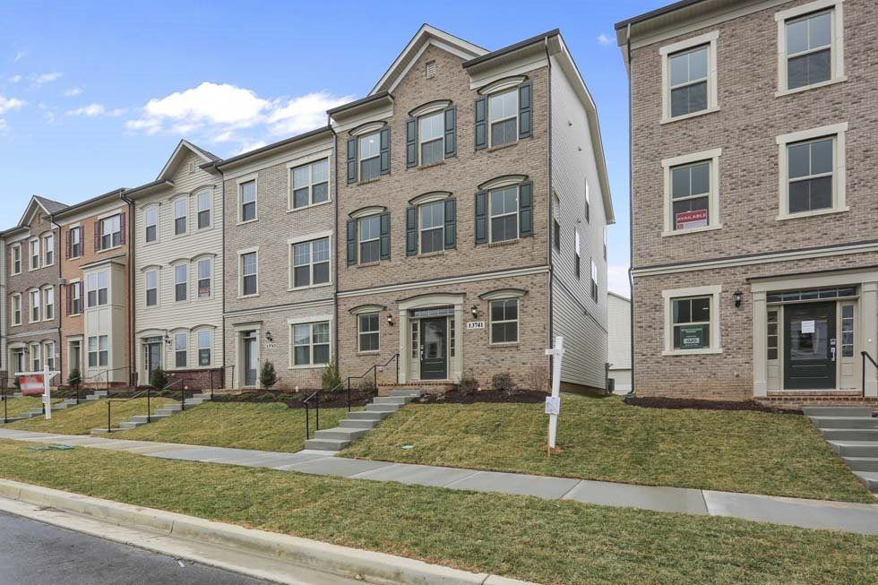 New homes from winchester homes in clarksburg md for Winchester homes cabin branch townhomes
