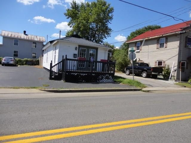 205 DEPOT ROAD Paintsville KY 41240 id-1218876 homes for sale