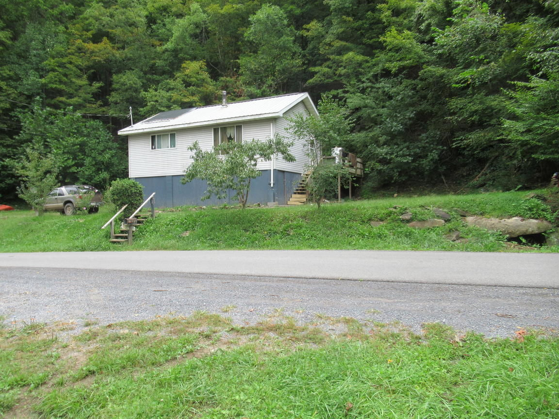 460 COFFMAN HILL ROAD Ronceverte WV 24970 id-1107762 homes for sale